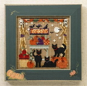 Mill Hill Autumn Series - Bountiful Kitties MH14-6202 beaded counted cross stitch kit